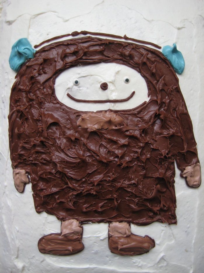 SteveMandich.com Blog: Bigfoot Birthday Cake II!